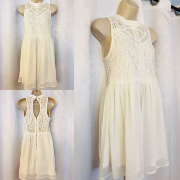 7446207550998 Charlotte Russe Dresses   Skirts - Charlotte Russe Crochet White Fit and Flare  Dress
